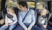 Jak bezpiecznie przewozić dzieci do 12 roku życia?
