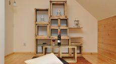 Meble drewniane do sypialni w stylu vintage
