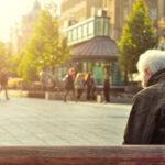 Demencja starcza – przewodnik i metody pomocy dla naszych bliskich.