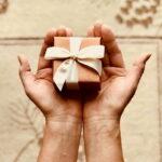 Jakie gadżety warto wybrać na prezent, aby sprawiły najwięcej frajdy?