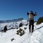 Narty biegowe czy narty skiturowe, które lepsze w dobie pandemii? Jak wybrać narty biegowe?