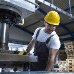 Najważniejsze zasady pracy z urządzeniami suwnicowymi